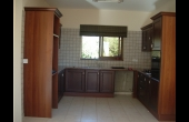 L475, Four bedroom villa in Emba