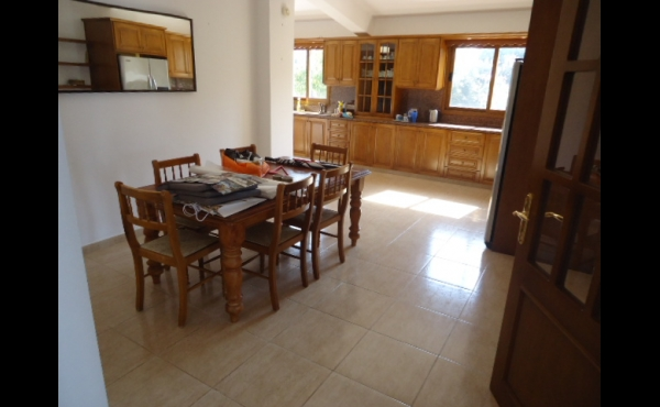 Dining in kitchen area