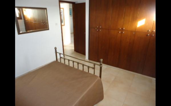 Bedroom 2 annex (2)