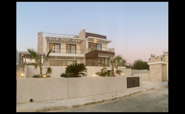 PANORAMIC FRONT SIDE